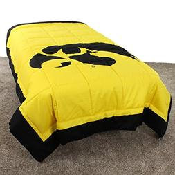 College Covers Iowa Hawkeyes 2 Sided Reversible Comforter, T