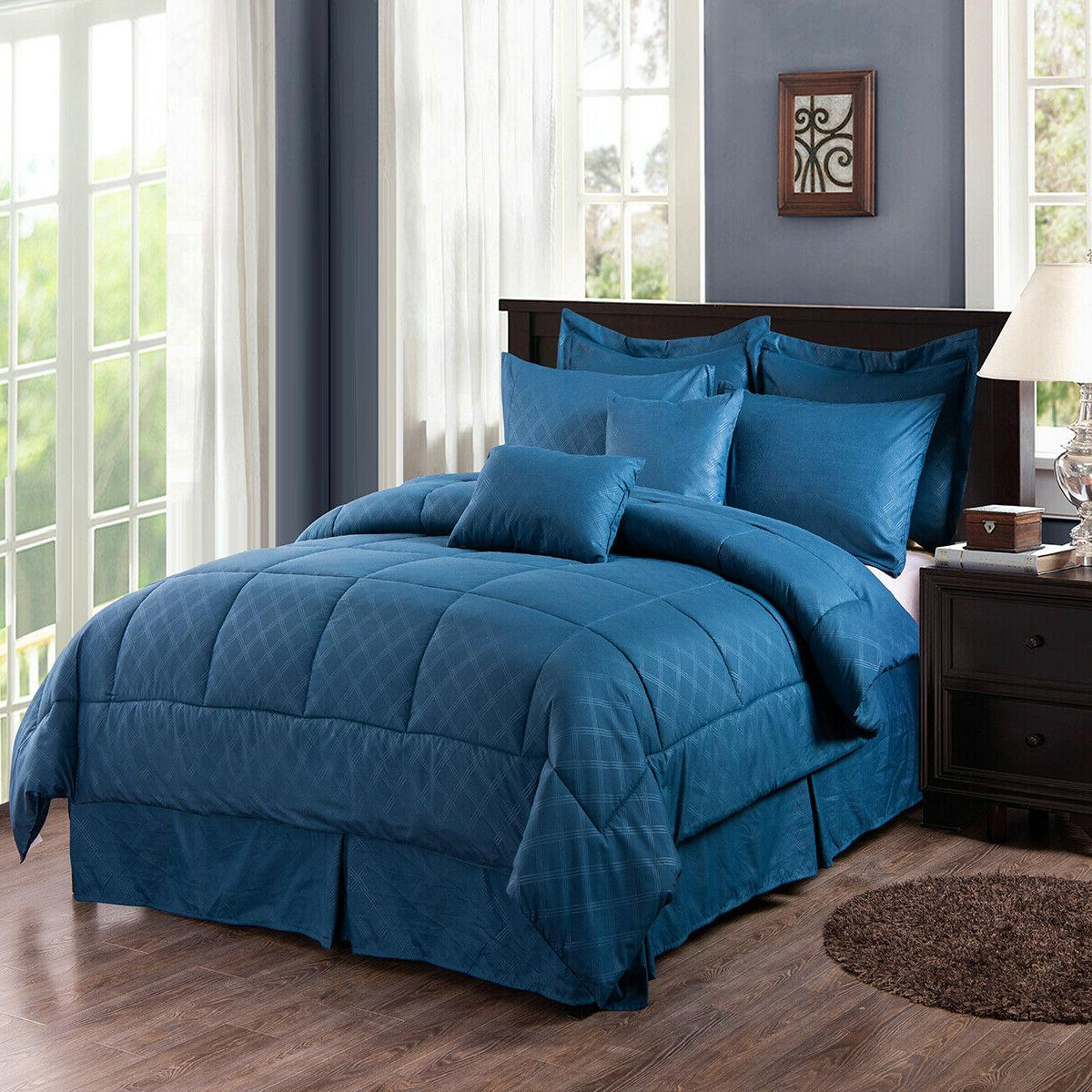 10 A Plaid Embossed Comforter Sheet