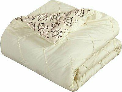 Chic Maddie Piece Reversible Comforter in a