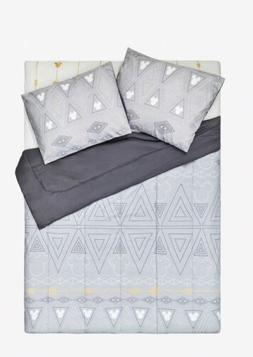 Disney Mickey & Minnie Mouse Geometric Full/Queen Comforter